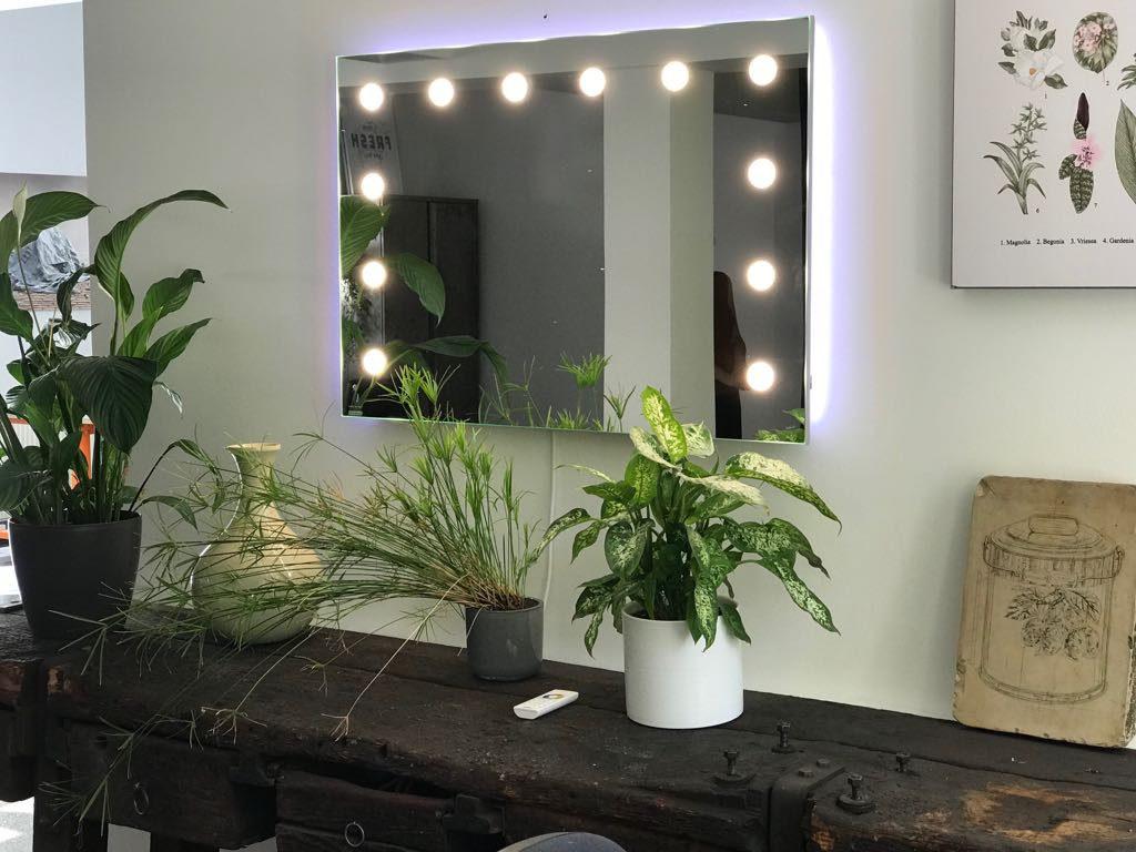 beleuchteter Wandspiegel MH01der Linea Unica