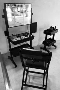 Cantoni Ablageregal, Make-Up Station und Visagisten Stuhl Backstage