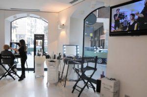 Cantoni Beautytrolleys und höhenverstellbare Stühle für Haare und Makeup bei Cotril