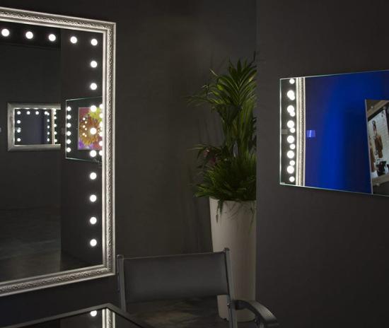 Spiegel mit patentierter ILight LED Beleuchtung